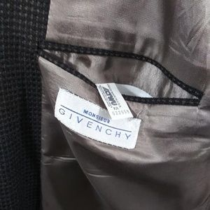 Givenchy Suits & Blazers - Vtg Givenchy Monsieur 3 Button Blazer 50R Wool